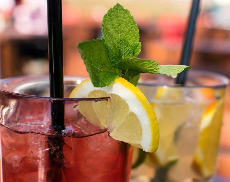 koktejly z rumu