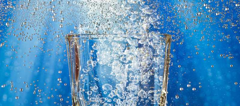 mineralka voda bublinky napoj pitny rezim smaed clanokW