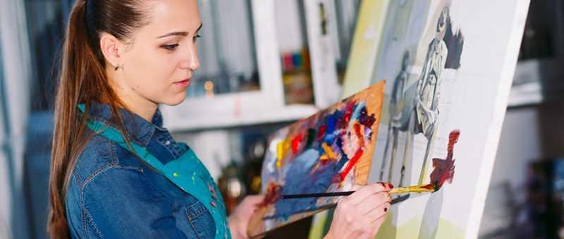 """""""Malování podle čísel - žena u stojanu"""""""