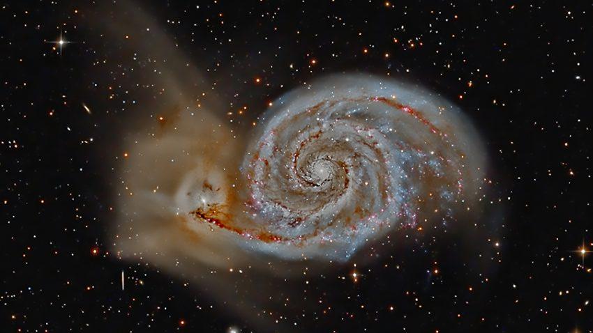 vírová galaxie